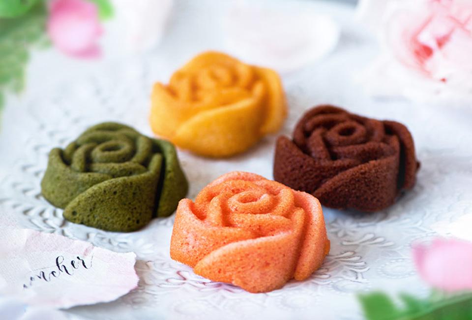 4種類のバラのフィナンシェ
